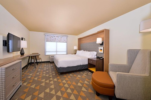 Holiday Inn, Kansas City Airport, MO
